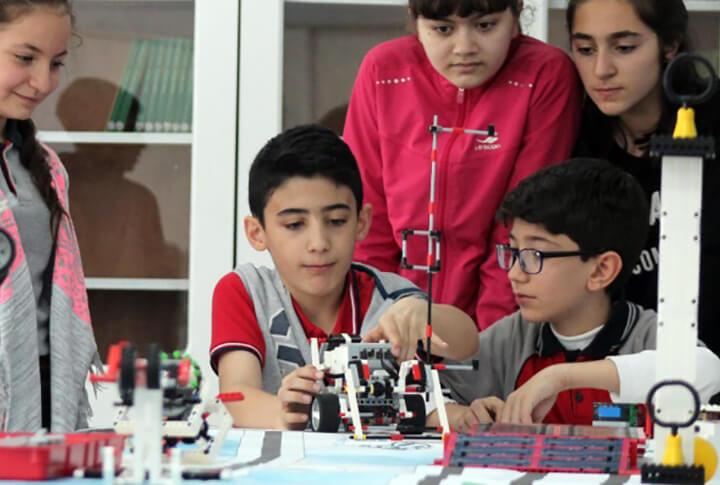Orta Öğretim Öğrencileri İçin Belediye Robotik Kodlama Kursu Açıyor