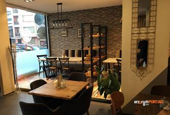 442 Cafe&Dining