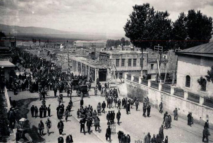 1965 Nüfus Sayımında Erzurum'da Etnik Gruplar ve Konuşulan Dil Oranları