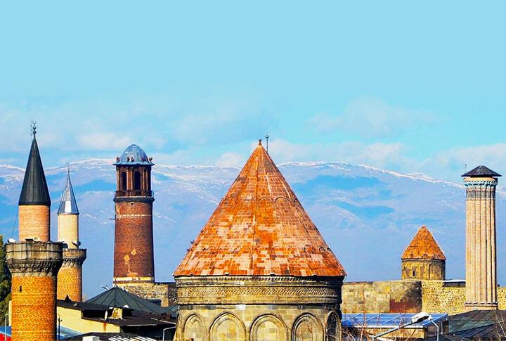 Puşkin Ve Tanpınar'ın İzinden Erzurum Yolculuğu