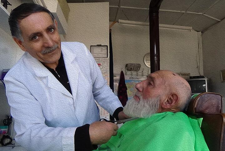 'Saçlarım Dökülmesin' Diyenlere 43 Yıllık Berber Murat Usta'dan Tavsiye!