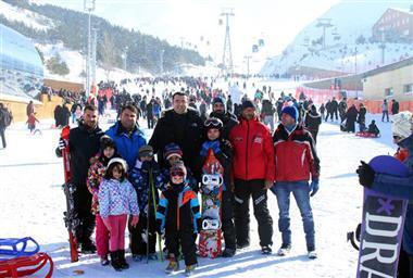 Valiler Erzurum'a ve Palandöken Kayak Merkezine Hayran Kaldılar