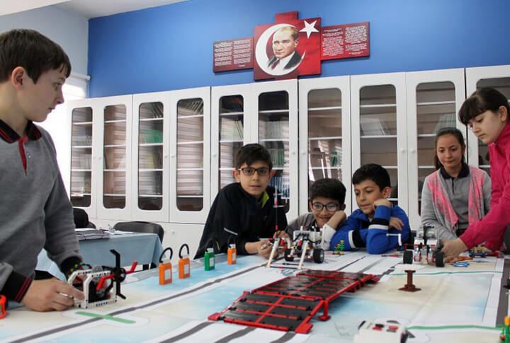 Erzurum Büyükşehir Belediyesi Robotik Kodlama Projesi