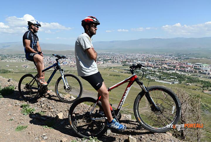 Erzurum Uzundere Arası Kaç Kilometre! Burada Ne Yapabilirim?
