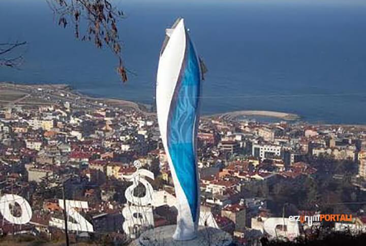 Trabzon Hamsi Heykeli