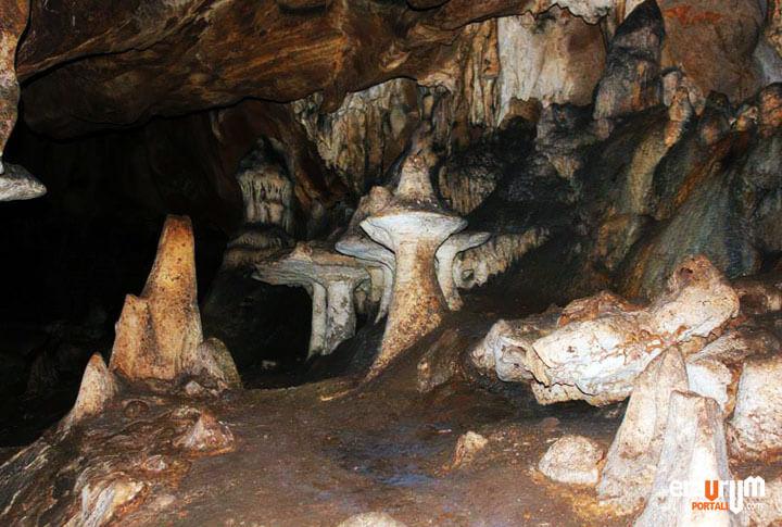 Erzurum İspir Elmalı Mağarası