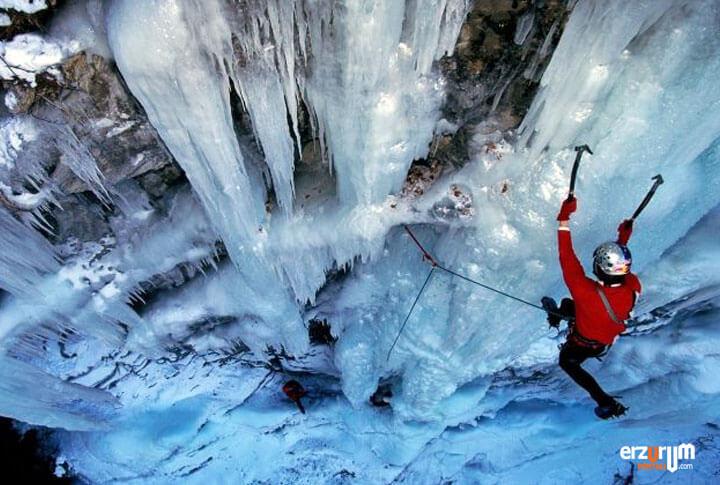 Erzurum Uzundere Uluslararası Buz Tırmanış Festivali