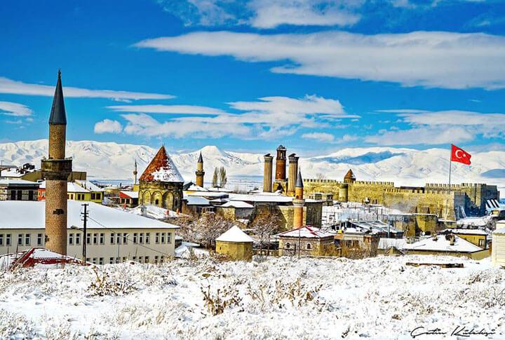 Mavi Beyaz Erzurum