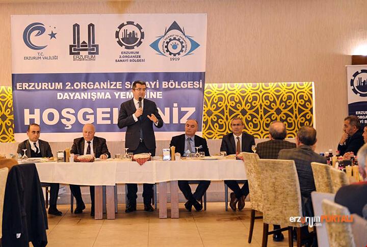 Erzurum Valisi Okay Memiş Toplantı
