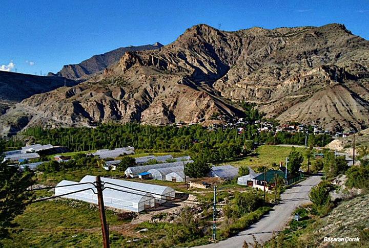 Uzundere Çağlayan Köyü