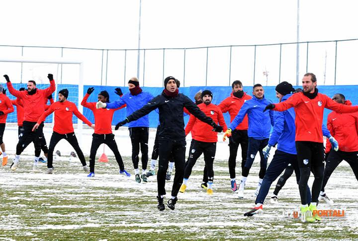 B.B. Erzurumspor, 'Düşme Hattındaki Fenerbahçe' Galibiyeti İle Seri Yakalamak İstiyor!
